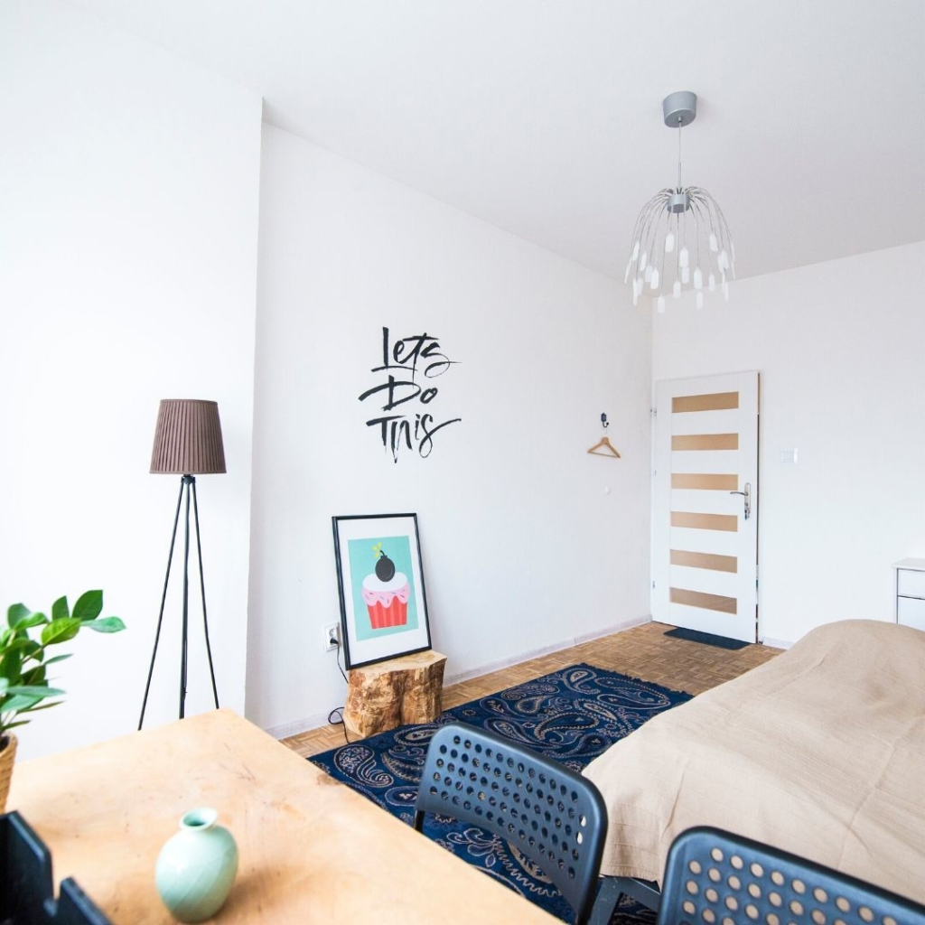 Buscar pisos con dormitorios más grandes para poder teletrabajar en Entresuelos